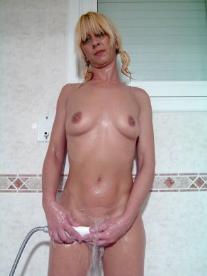 Sarita cougar escorts in Ludington